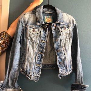 VINTAGE 90s denim Abercrombie and Fitch jacket